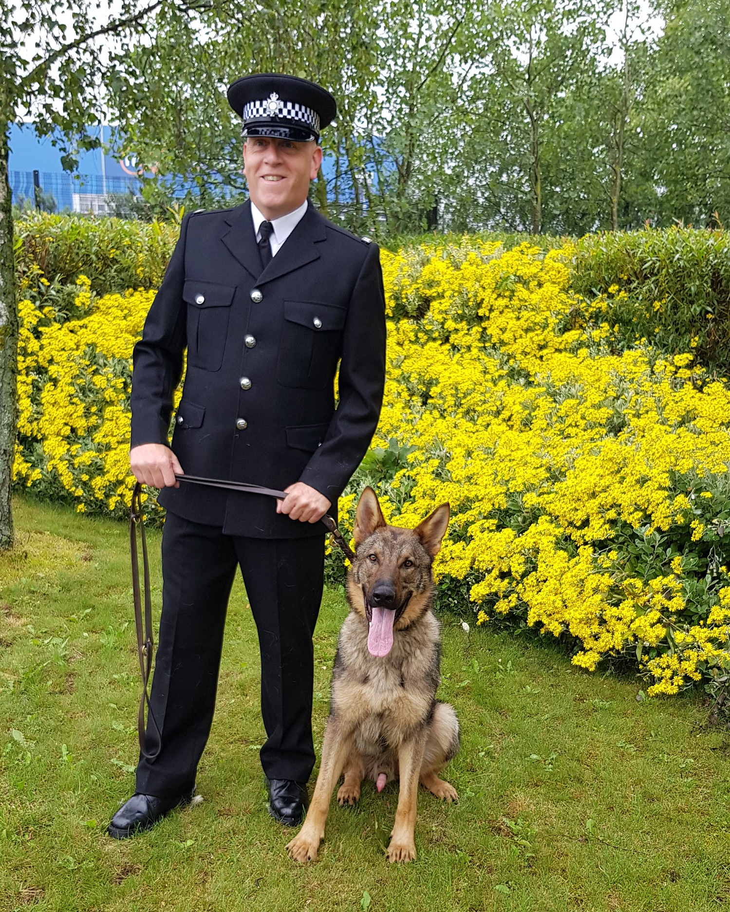 PC Wassell and his dog Caesar